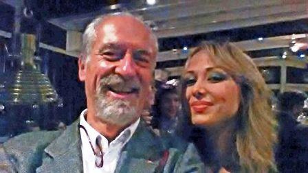 L'avv. Romolo Reboa con l'attrice Marianna Jensen